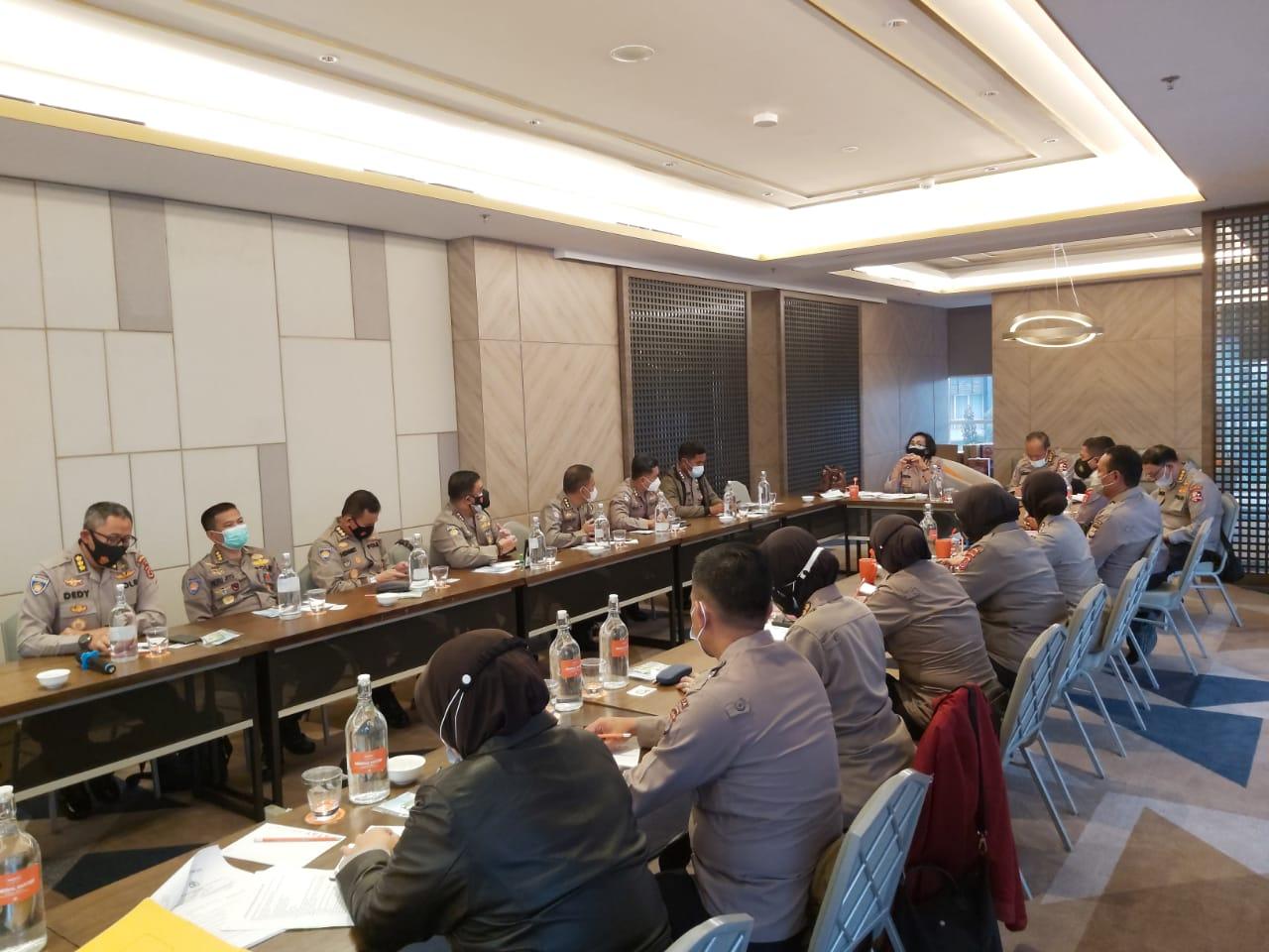 Rapat pembahasan revisi Perkap Pengelolaan PNBP
