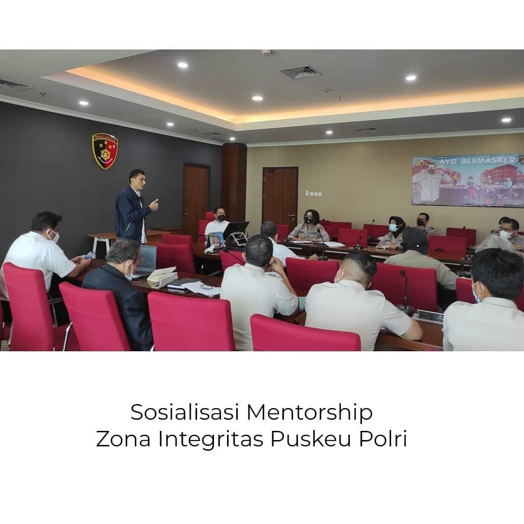 Sosialisasi Mentorship Zona Integritas Puskeu Polri